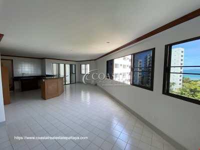 127 Sq. Meter 2 Bedroom, 2 Bathroom Condo for Sale in Pratumnak