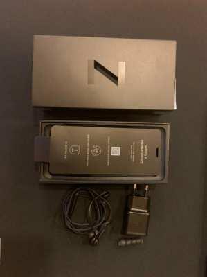 Samsung Galaxy Z Flip Foldable New & Sealed Box 256GB Factory Unlocked