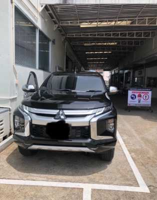 2019 Mitsubishi Tritron double cab premium 4 WD pick up