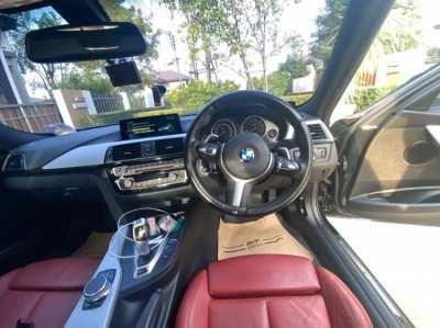 BMW 330e M-Sport plug in