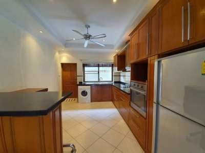 4 Beds Pool Villa For Rent