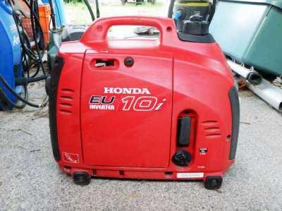 Honda Generators Inverters eu10i for SALE HALF PRICE !