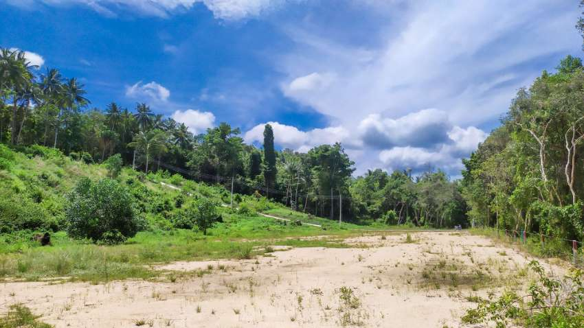 Flat land for sale at hinkong area
