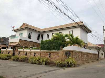 Reducing price only 9.5 M House in Chaiyapruek for sale