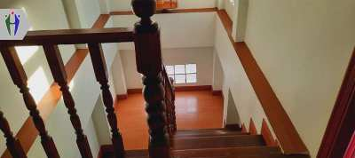 Single House Soi Chaiyapruk for Rent 3 Bedrooms with Garden