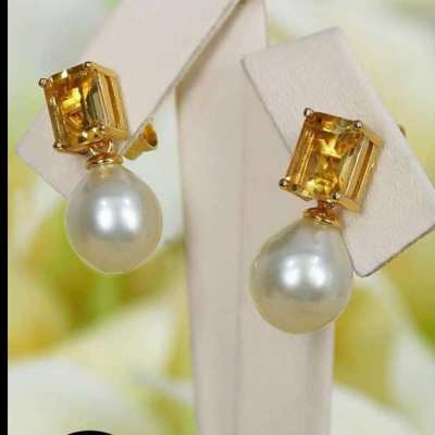 Earing with South sea pearl and Critine and silver 2,200 baht