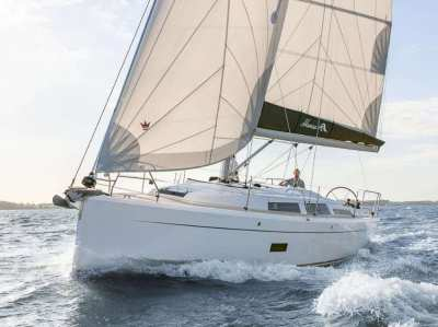 Hanse 348 - Family Version - Save Now