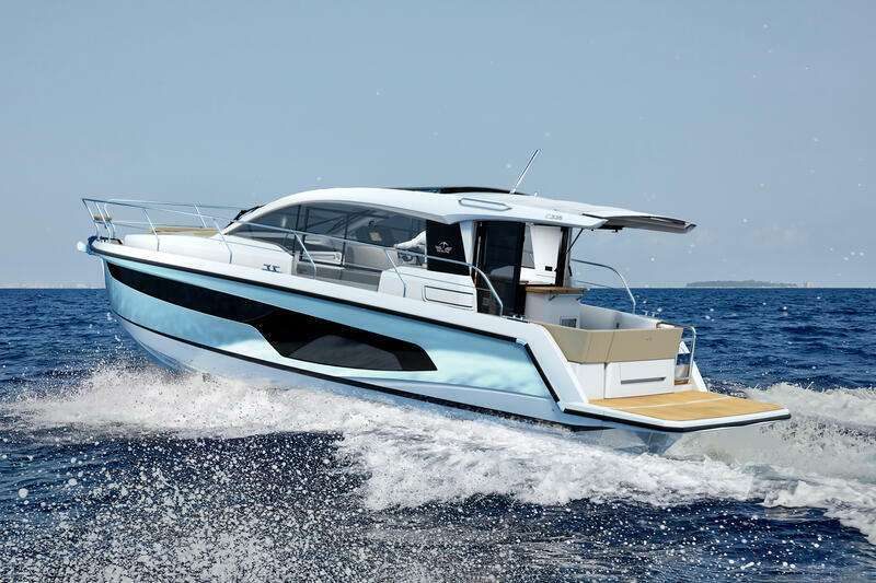Sealine C355 Live-aboard Version -  Discounted THB 1,300,000+
