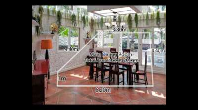 Large Detached House in Casa Ville Estate For Quick Sale