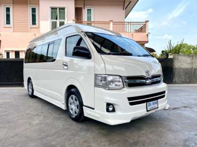 TOYOTA COMMUTER 2.7 (CNG) ปี 2013 MT