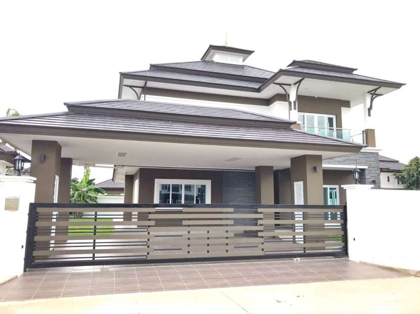 Spicious House 2 km. From Night Safari for RENT