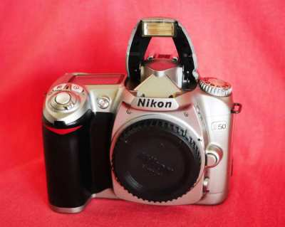 Nikon D50 Digital SLR Camera - Black Silver Body, DSLR DX Format CCD