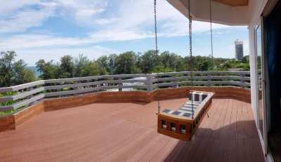 Attractive 1 bedroom beach condo with amazing terrace (25 sqm)
