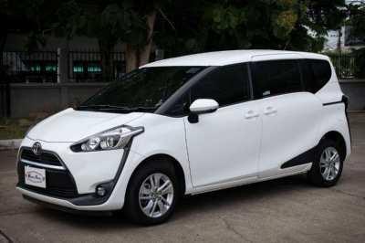 2018(mfd '18) Toyota Sienta 1.5 G A/T