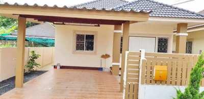 House for sale 5.5 km. from Central Festival, Chiangmai -DoiSaket Rd.