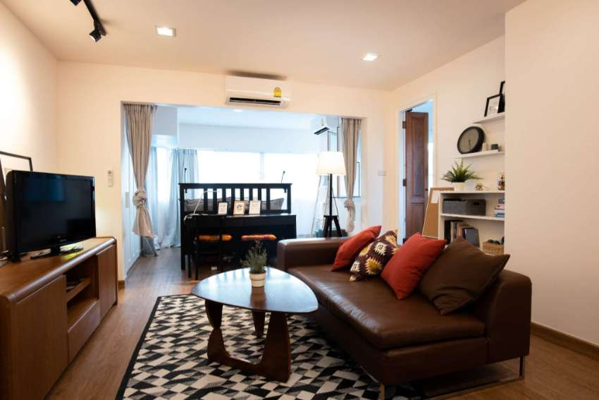 6month 14,000THB/mo Nimman Main Road Cozy Stylish Room with Kitchen