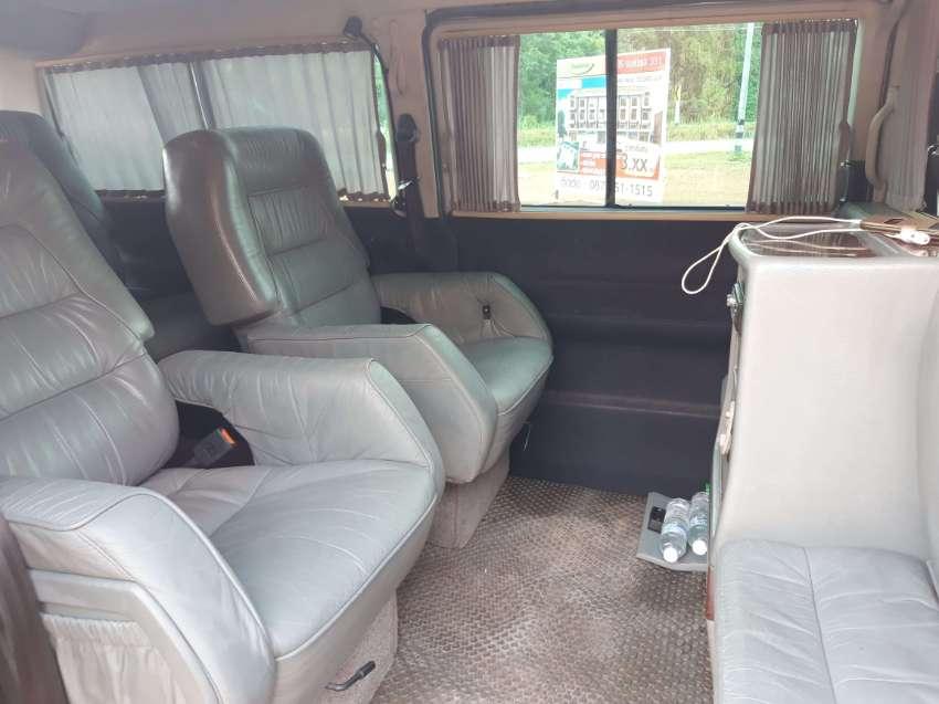 Volkswagen Caravelle VIP edition