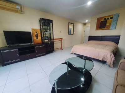 36 SQM Studio in 800 Meters to Wongamat Beach for 870000 Baht