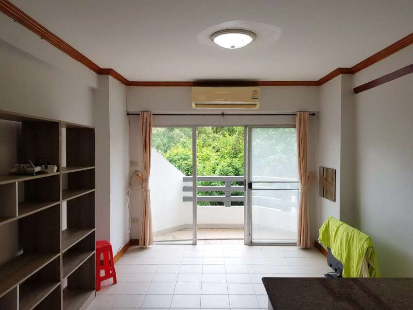 1,350,000 THB for this 1 bedroom beach condo in Rayong Condochain!