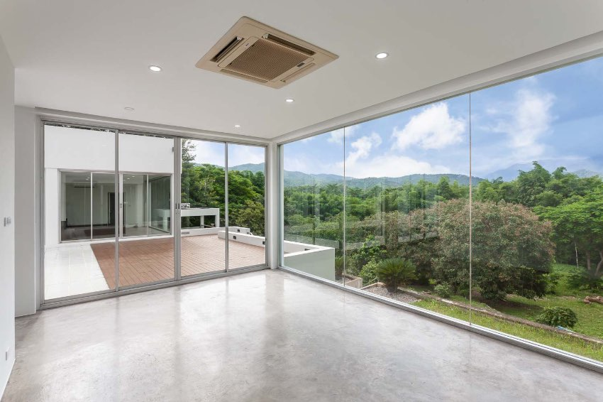 Unparalled views and privacy within 20 minutes to airport