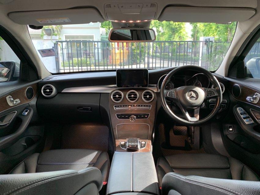 Mercedes-Benz C350e 2.0 Exclusive (W205) สีSilver ปี2016 เกียร์ออโต้