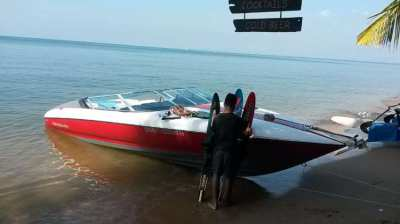 Imported U.S.A Speed Boat - 24 ft Bayliner