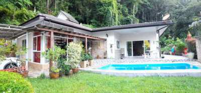 Nice house with breathtaking views of the mountain, in Kathu waterfall