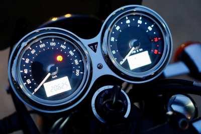 [ For Sale ] Triumph Bonneville T100 2019 Superb condition only 20,xxx
