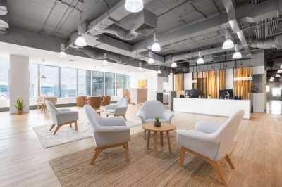 [Hot Deal] Rent 1 year, get ฿3,000: Service Office at MRT Phra Ram 9