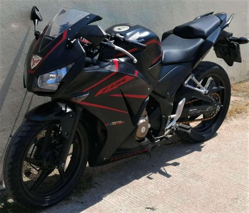09/2019 Honda CBR300R 59.900 ฿ Easy Finance by shop