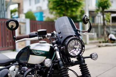 [ For Sale ] Triumph Bonneville Bobber 2018 only 13,xxx km. !!!!    --