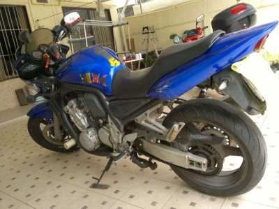 Yamaha Fazer 1000CC Very Comfortable Upright Riding Position