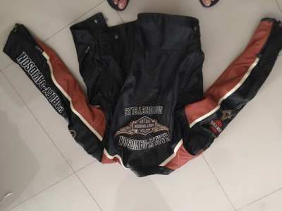 Harley Davidson leather jacket ( brought over from Switzerland)
