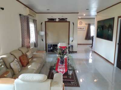 Detached 2 bed Bungalow for sale. 10 min Hua Hin semi rural