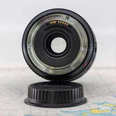 Canon EOS 5D Mark III + EF24-70L IS USM Lens + Phottix Battery Grip