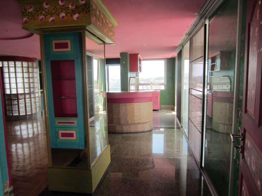 Covid Distress Sale, Large 79 sq m condo unit, CHIANG MAI CITY CENTER