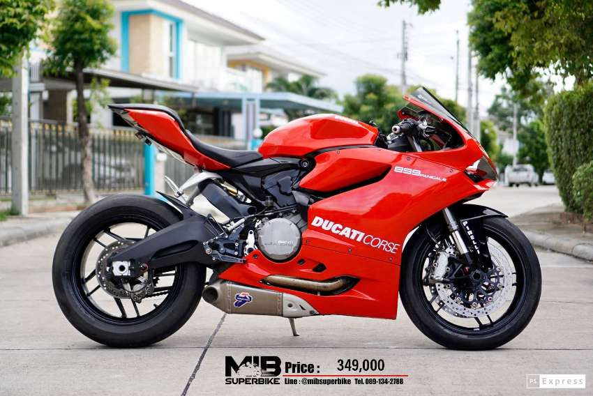 [ For Sale ] Ducati Panigale 899 2015 Superb condition only 21,xxx km.