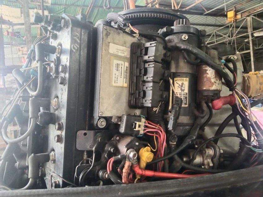 2011 Mercury 200 hp Outboard engine