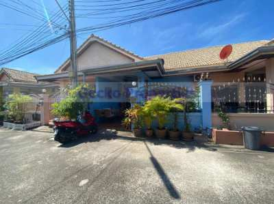 Cheap 2 bed 2 bath house in East Pattaya for sale