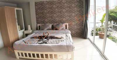 1205150 Beautiful 21-Room Guesthouse and Cafe on Pattaya Hill for Sale