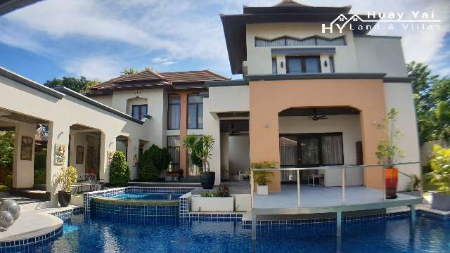 #3177   SUBSTANTIAL CHARACTER POOL VILLA IN GATED RESORT COMMUNITY