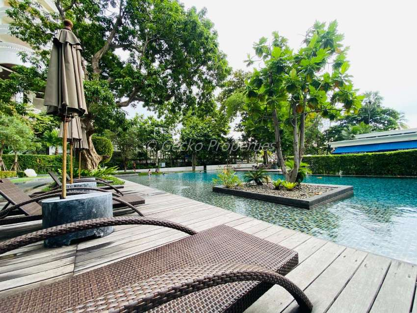 Hight floor 2 bed 2 bath Condo for rent in Wongamart