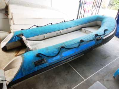 4.2 m. Fiber- Hypalon boat SNcraft , Good condition for SALE