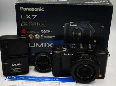 Panasonic Lumix LX7 Compact Hi-End camera in Box Leica f1.4Lens