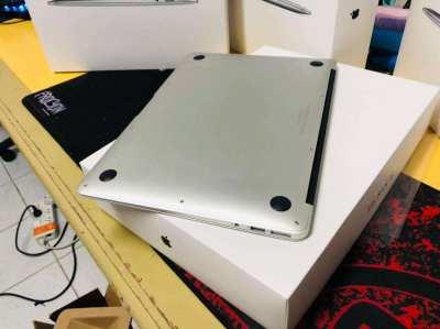 Apple MacBook Air 13-2017 128GB,BRAND NEW FULL BOX PROMO PRICE/5PCS 6M