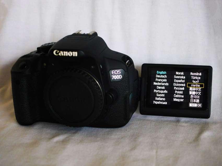 Canon EOS 700D (Rebel T5i, Kiss X7i) Body in Box