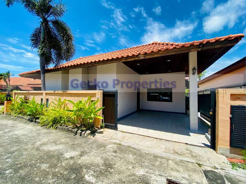 2 bed 3 bath House for rent with private pool in Siam Lake View