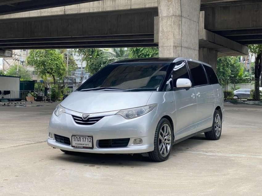 TOYOTA ESTIMA 2.4G HYBRID E-FOUR 4WD