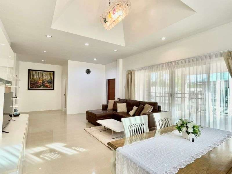 3 bedrooms house for rent East Pattaya soi.Siam Country Club.