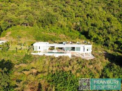 Luxury Mountain Top Pool Villa With Stunning Views to Paknampran